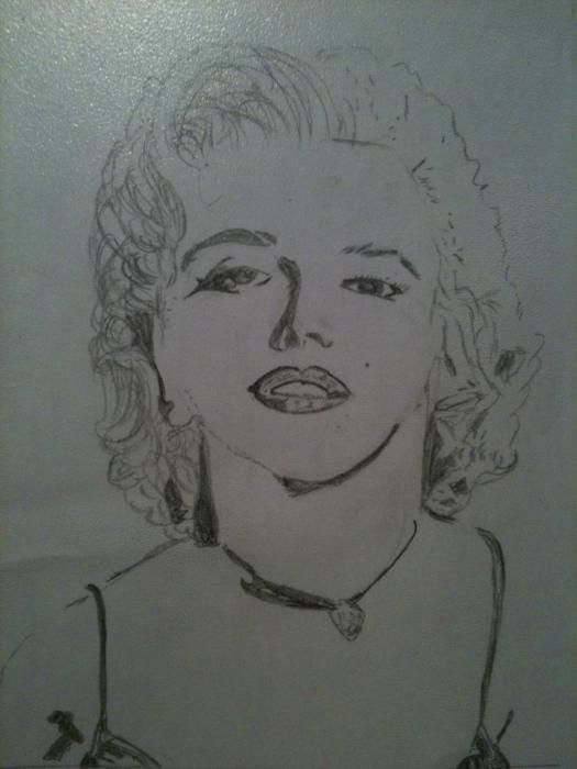 Marilyn Monroe by emma010499